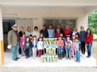 EMEF 17 de Abril recebe a doação de sementes do Banrisul e planeja distribuir parte de sua produção para os pais de seus alunos